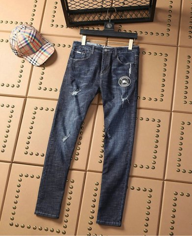 BURBERRY Jeans-43